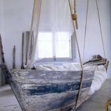 upcycled-boat-bed