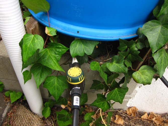 rain barrel with timer