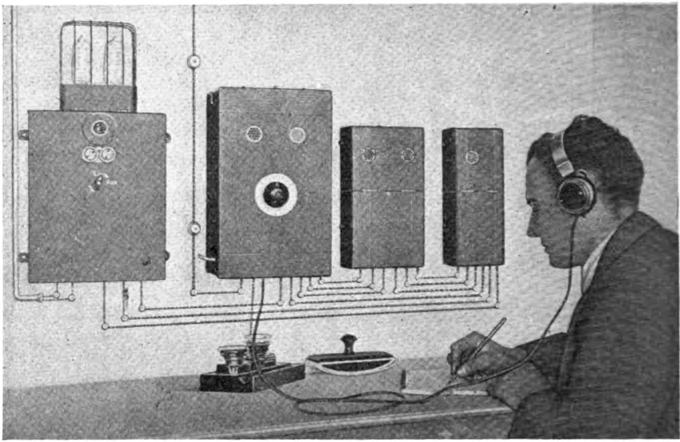 German_Post_Office_subscription_radio_receiver_1923
