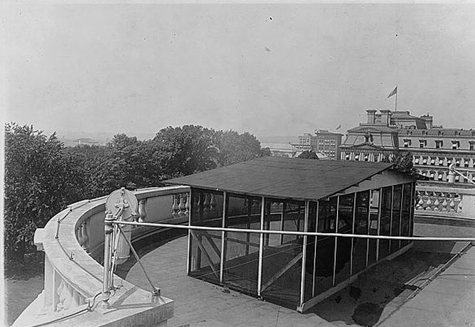 Taft's sleeping porch. Photo: Library of Congress.
